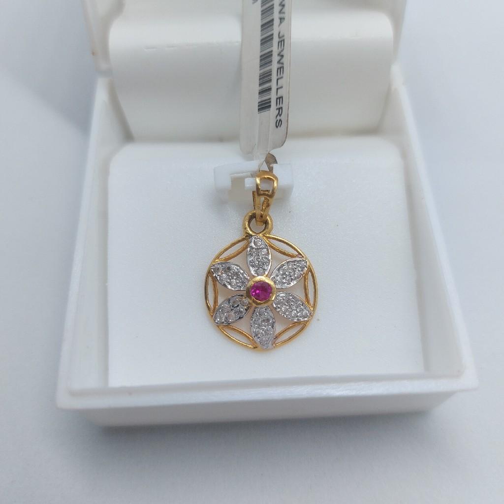 w2ct daily were pendant