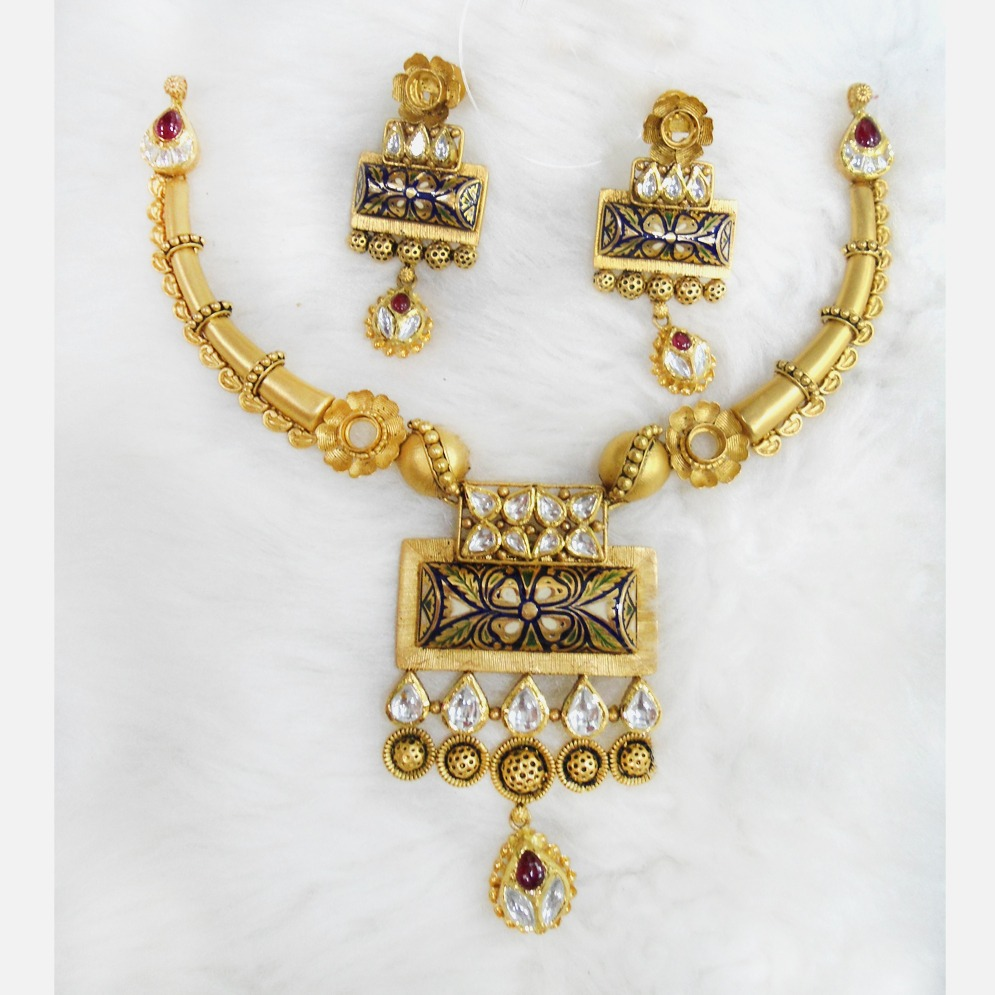 22KT Gold Antique Necklace Set RHJ-5587