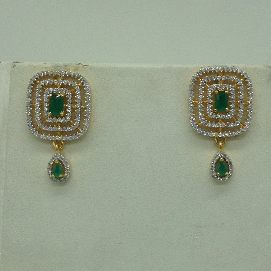 White And GreenCZ BroochSet With 5Lines FlatPearls Mala JPS0669