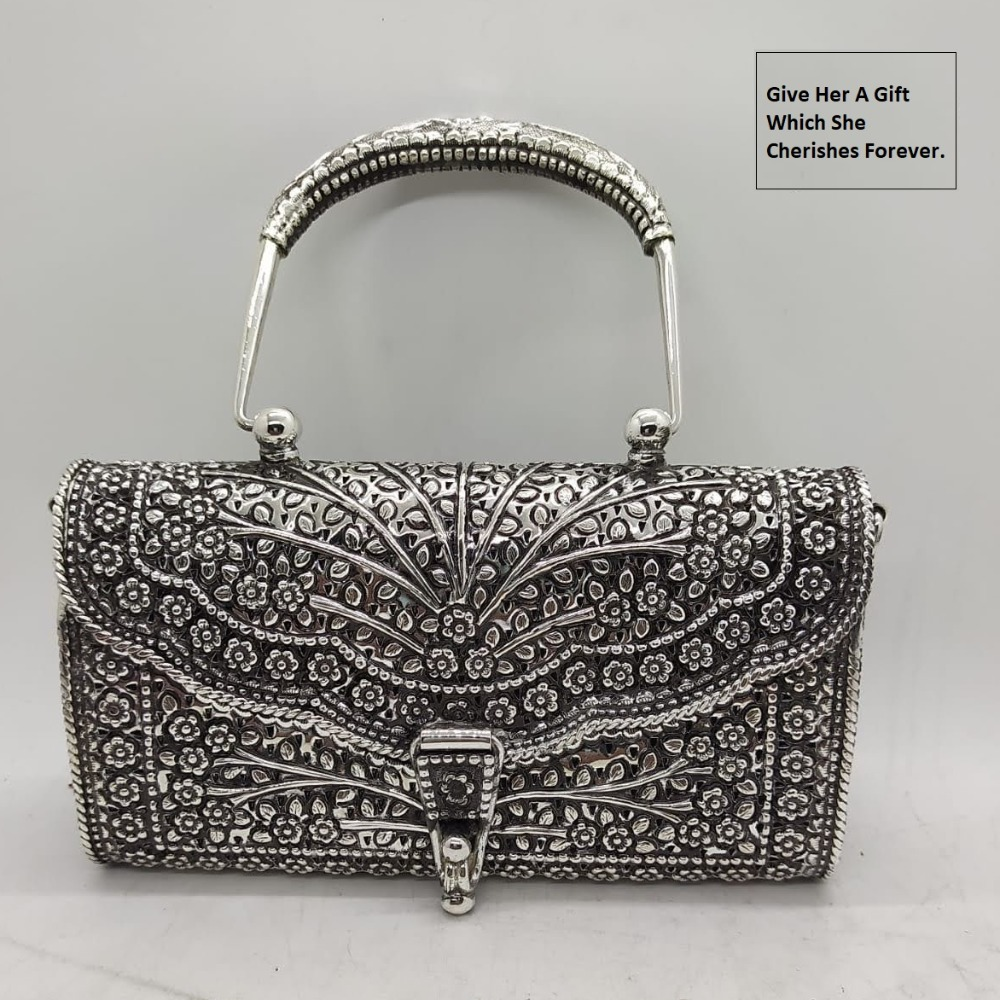 Mesmerizing real silver Heirloom purse bag in Fine carvings |puran