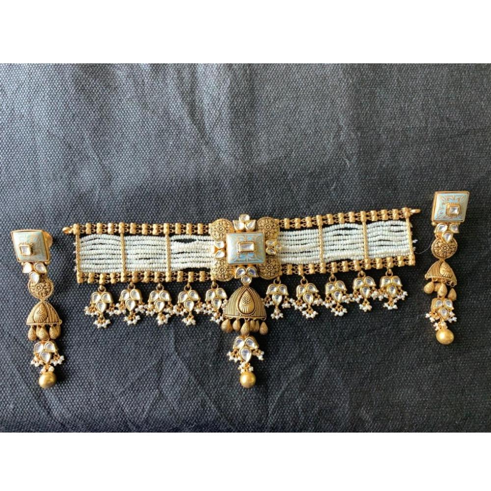 916 Gold Antique Kundan Choker Set From Rajkot
