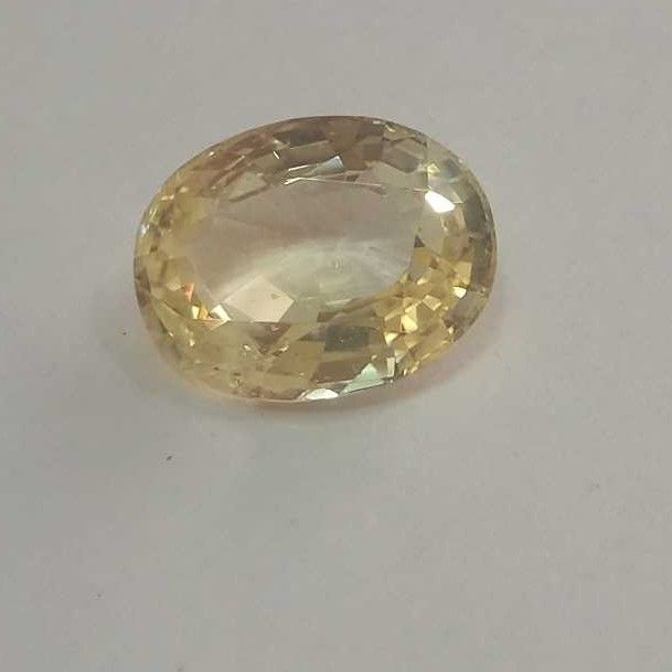 8.05ct oval yellow yellow-sapphire-pukhraj