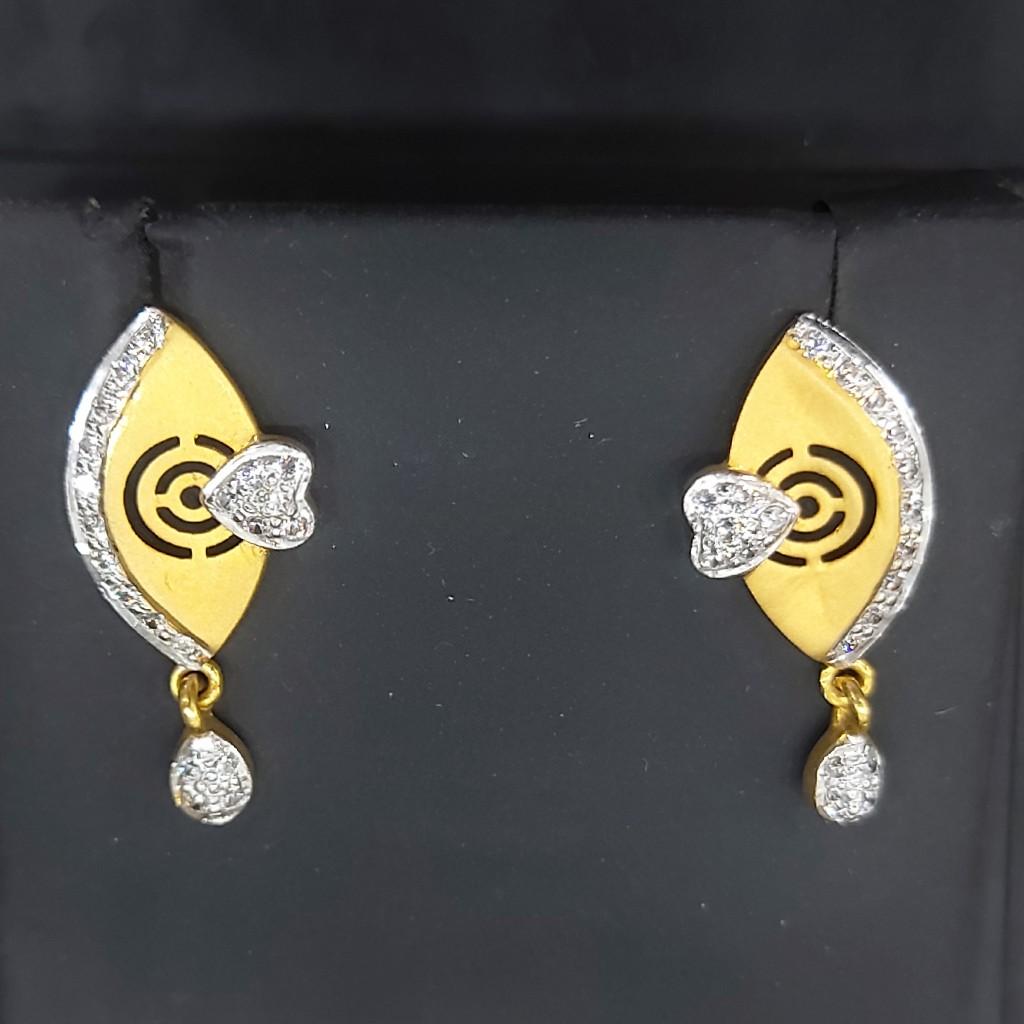 Fancy cz earring