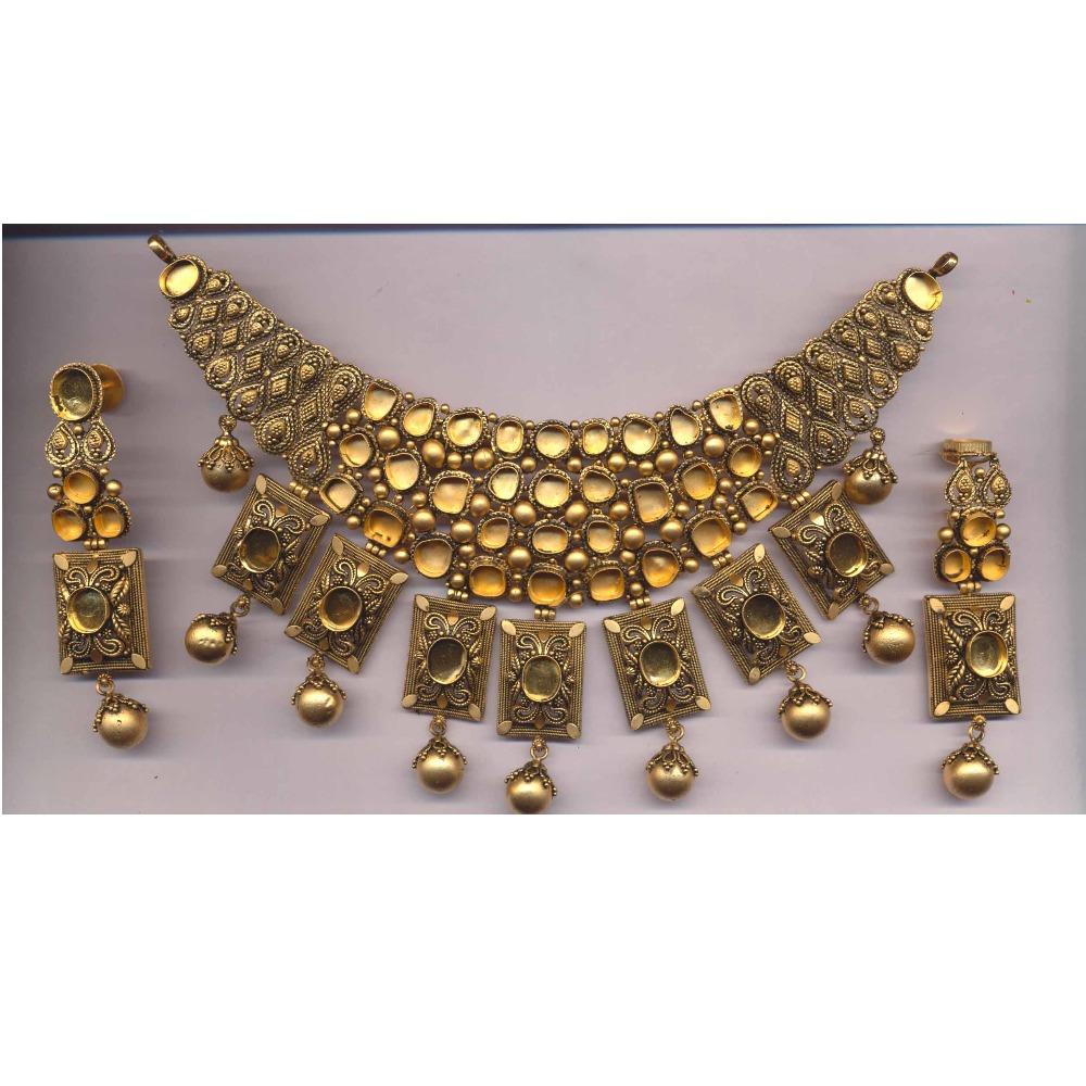 22KT Gold Hallmark Kundan Khokha Choker Set