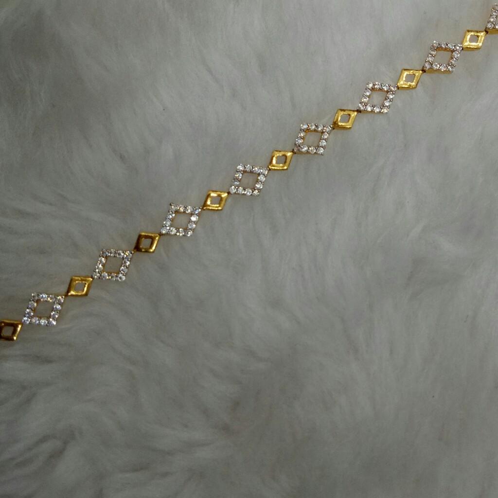 22kt Gold Bracelets Lucky