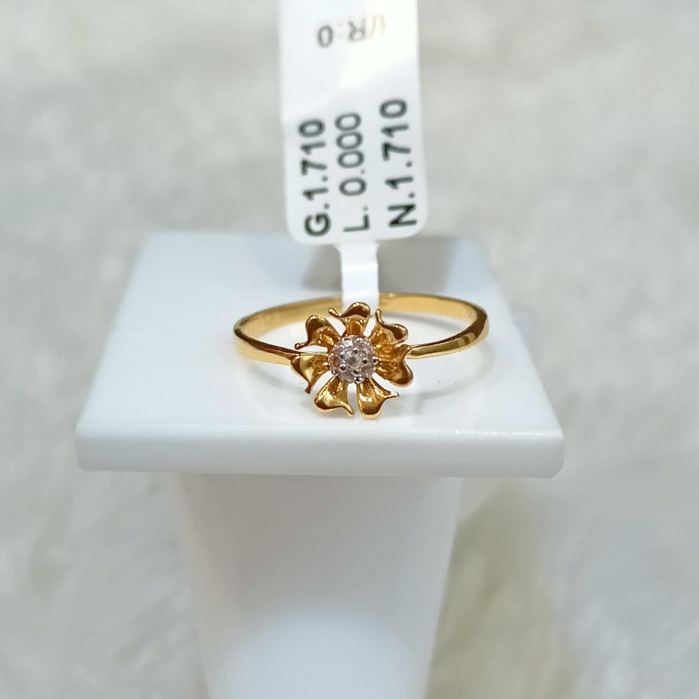 22 kt flower shape ring