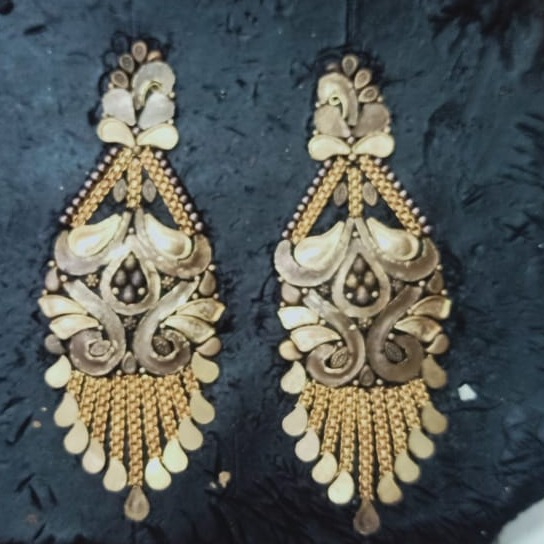 916 Gold Hallmark Fancy Design Earring