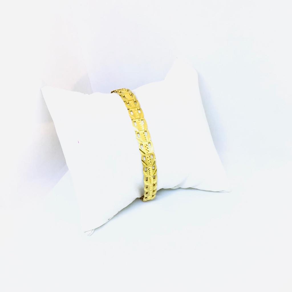DESIGNING FANCY GOLD BRACELET