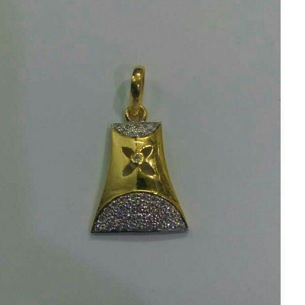 22K Gold CZ Attractive Stylish Pendant