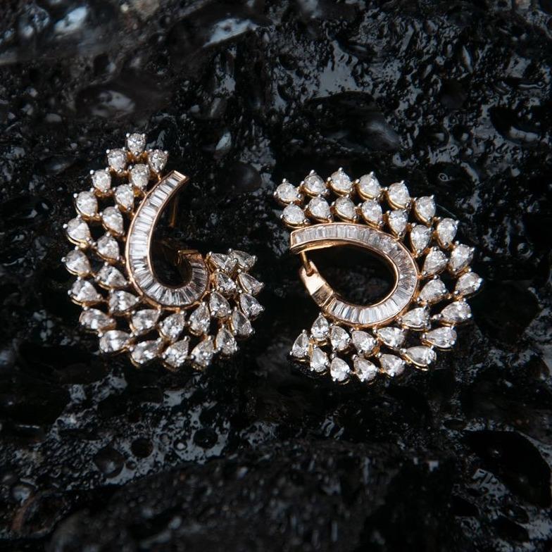 Designer rose gold diamond earring