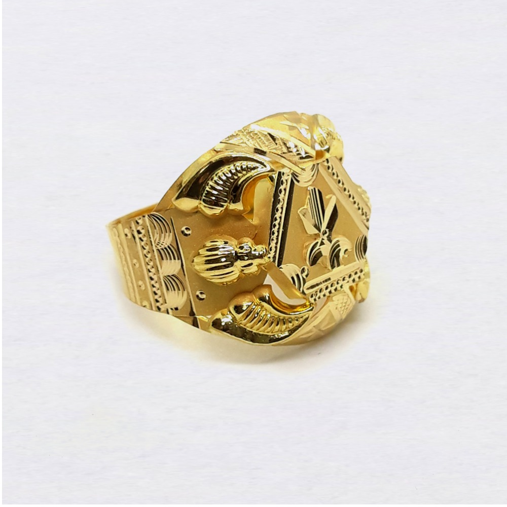 Lightweight Nazrana Gold Ring For Men
