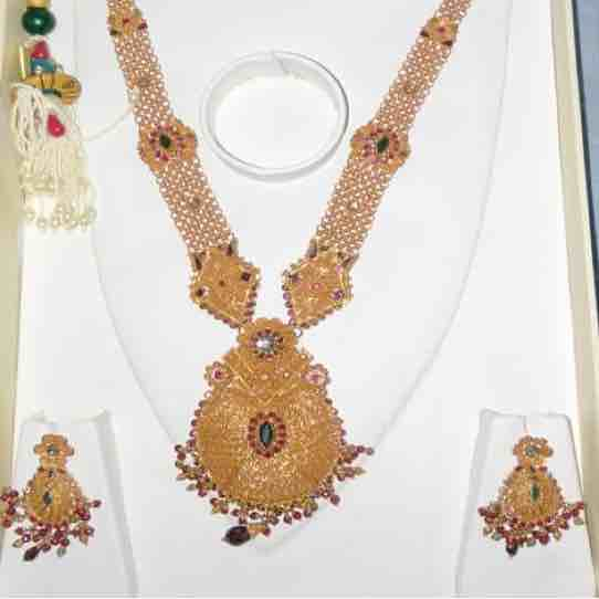 22 kt gold necklace