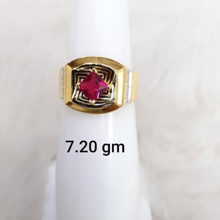Red solitaire gent's ring