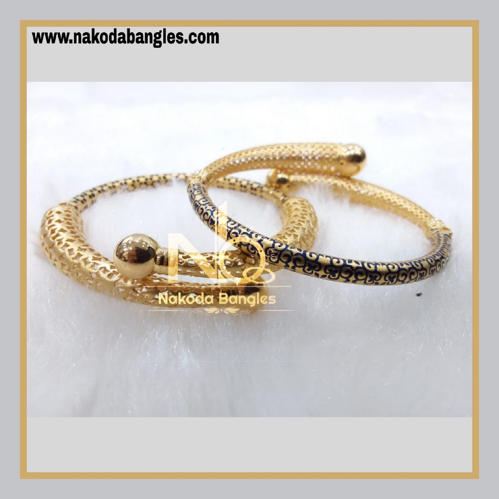 916 Gold Pipe Bangles NB - 885