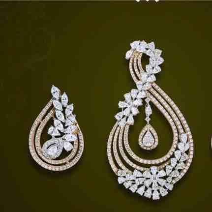 18KT Real Diamond Designer Pendant set