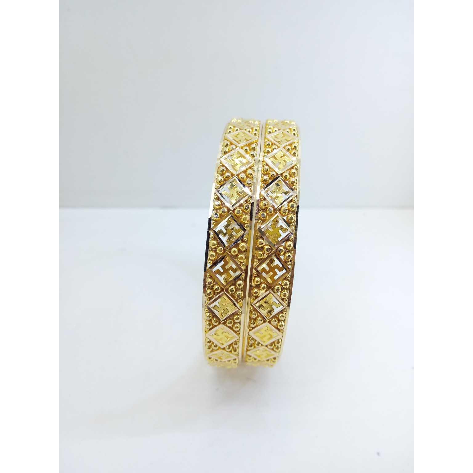 916 gold chandan chudi,traditional gujrati bangles, 25 grams apprx.