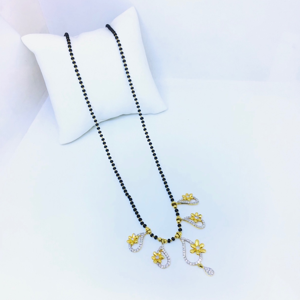 FANCY FLOWER DESIGN MANGALSUTRA