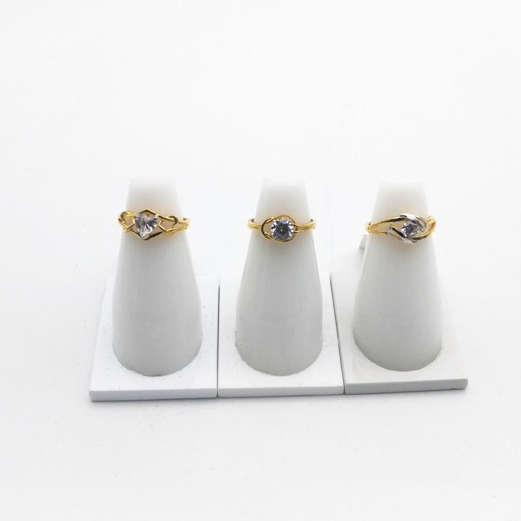916 hallmark ring c.z design