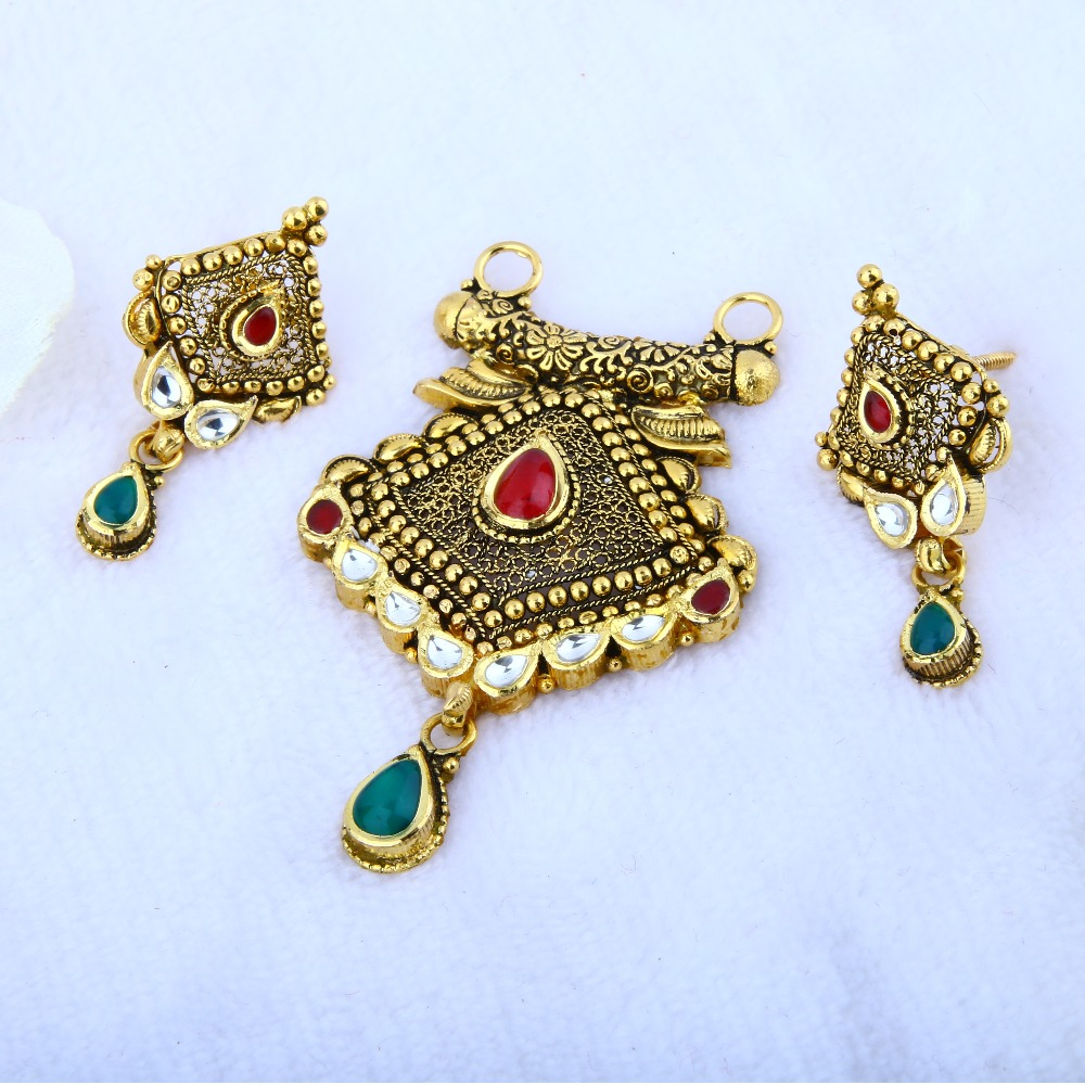 916 Gold Antique Pendant MPG - 0106