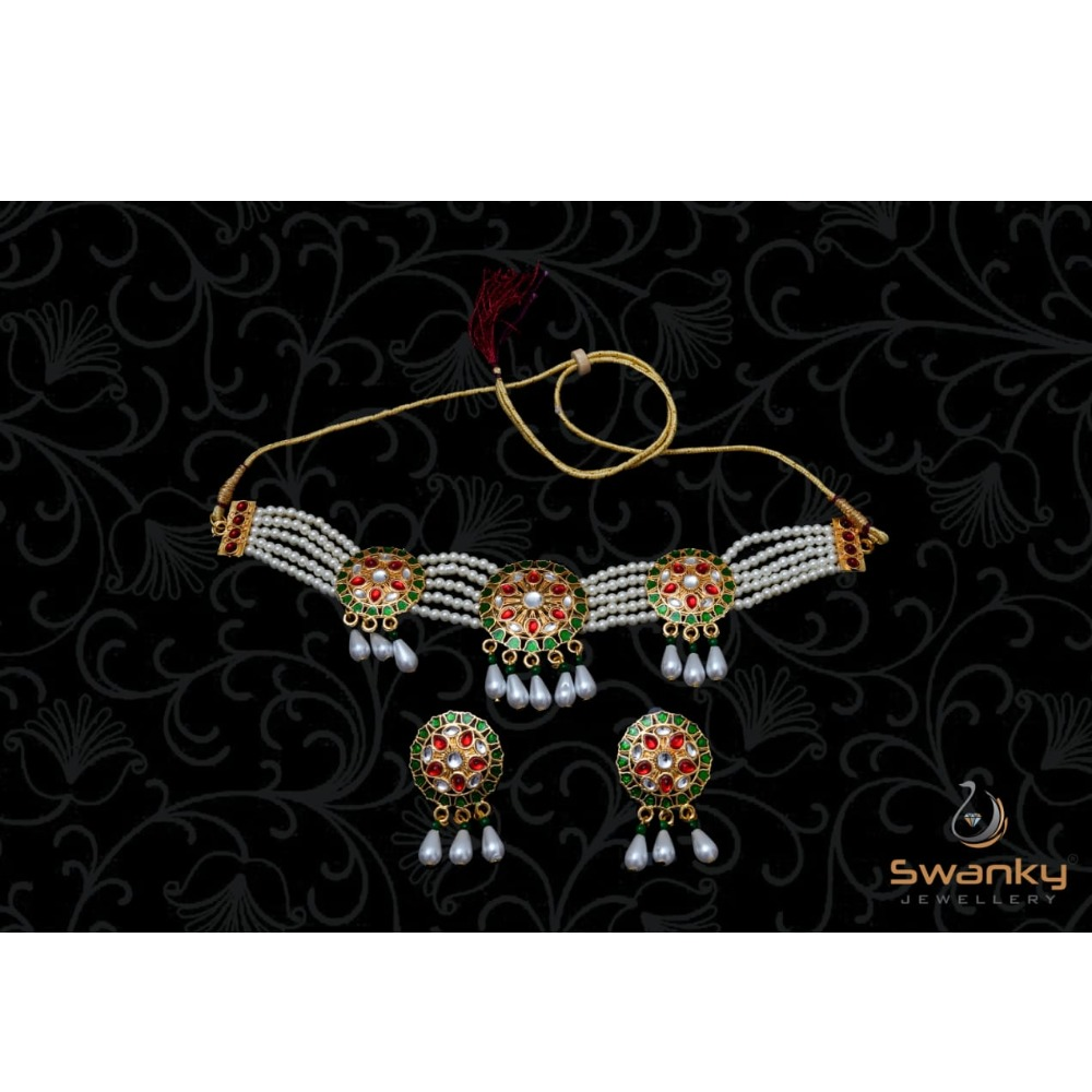 Attractive necklace set with colorful Mina & glass beads