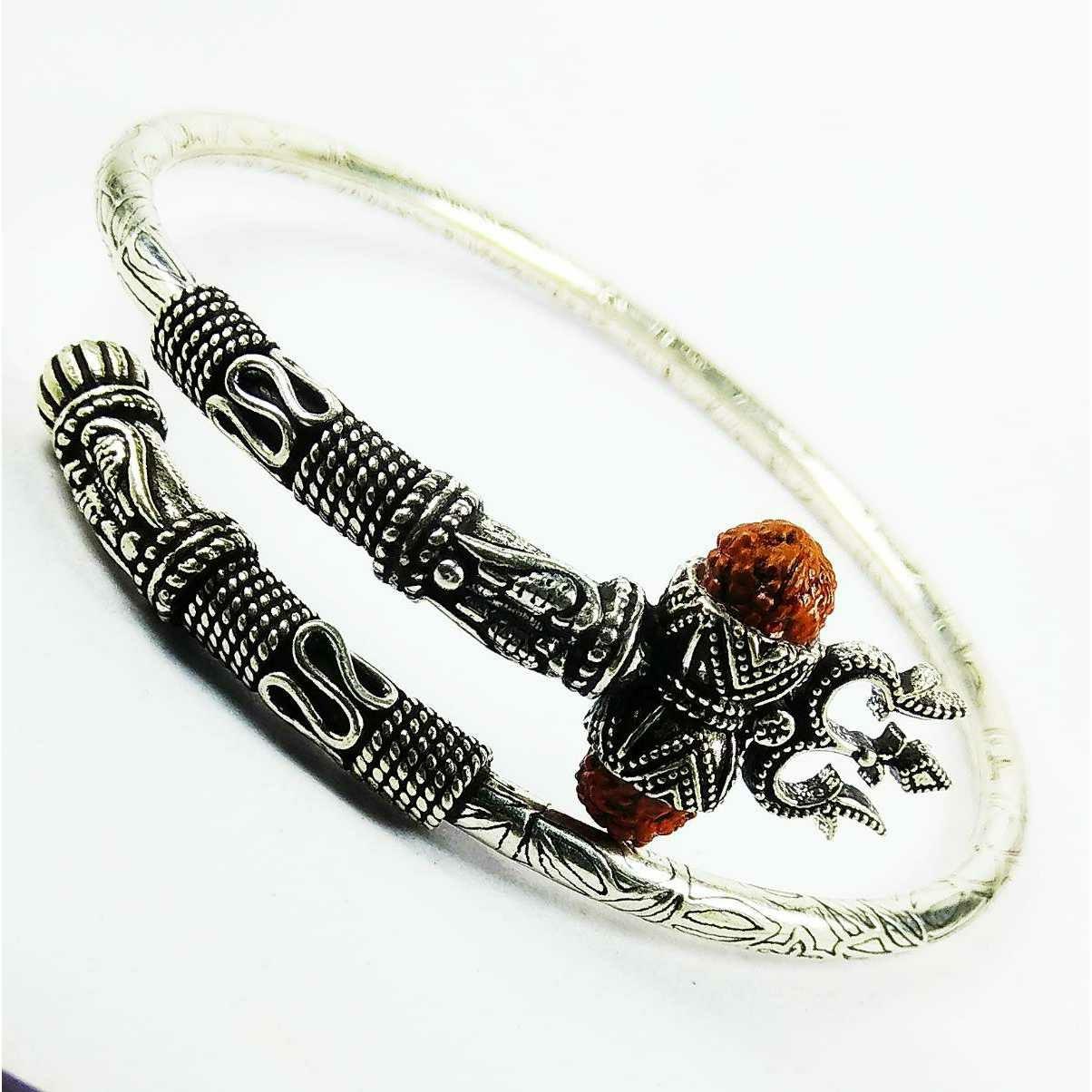 Fancy 925 Silver Bahubali Gents Bracelet