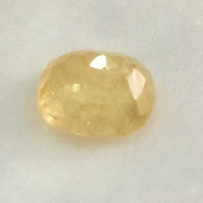 6.88ct cushion yellow yellow-sapphire-pukhraj