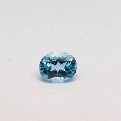 4.86ct oval blue topaz