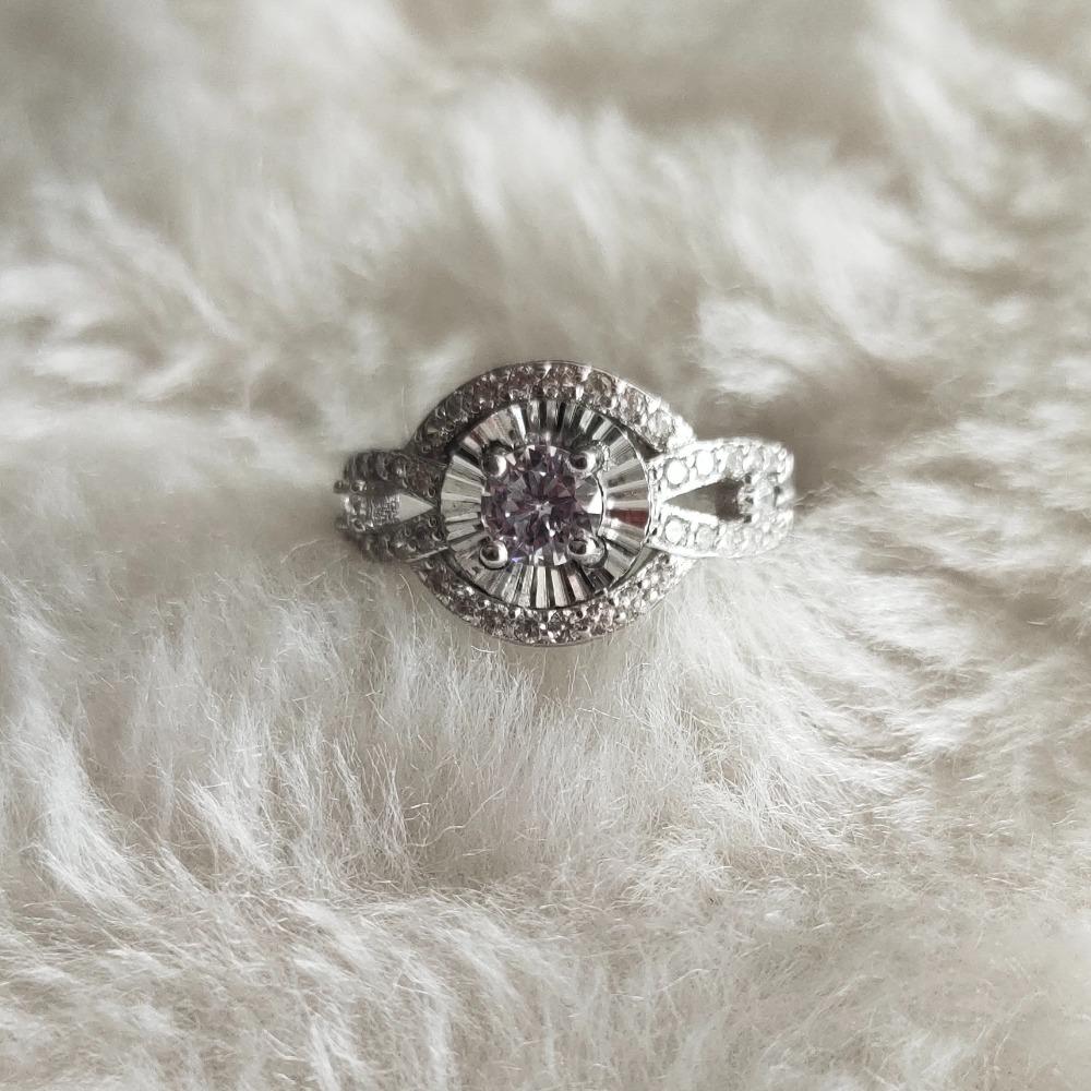 92.5 Sterling Silver Ladies Ring