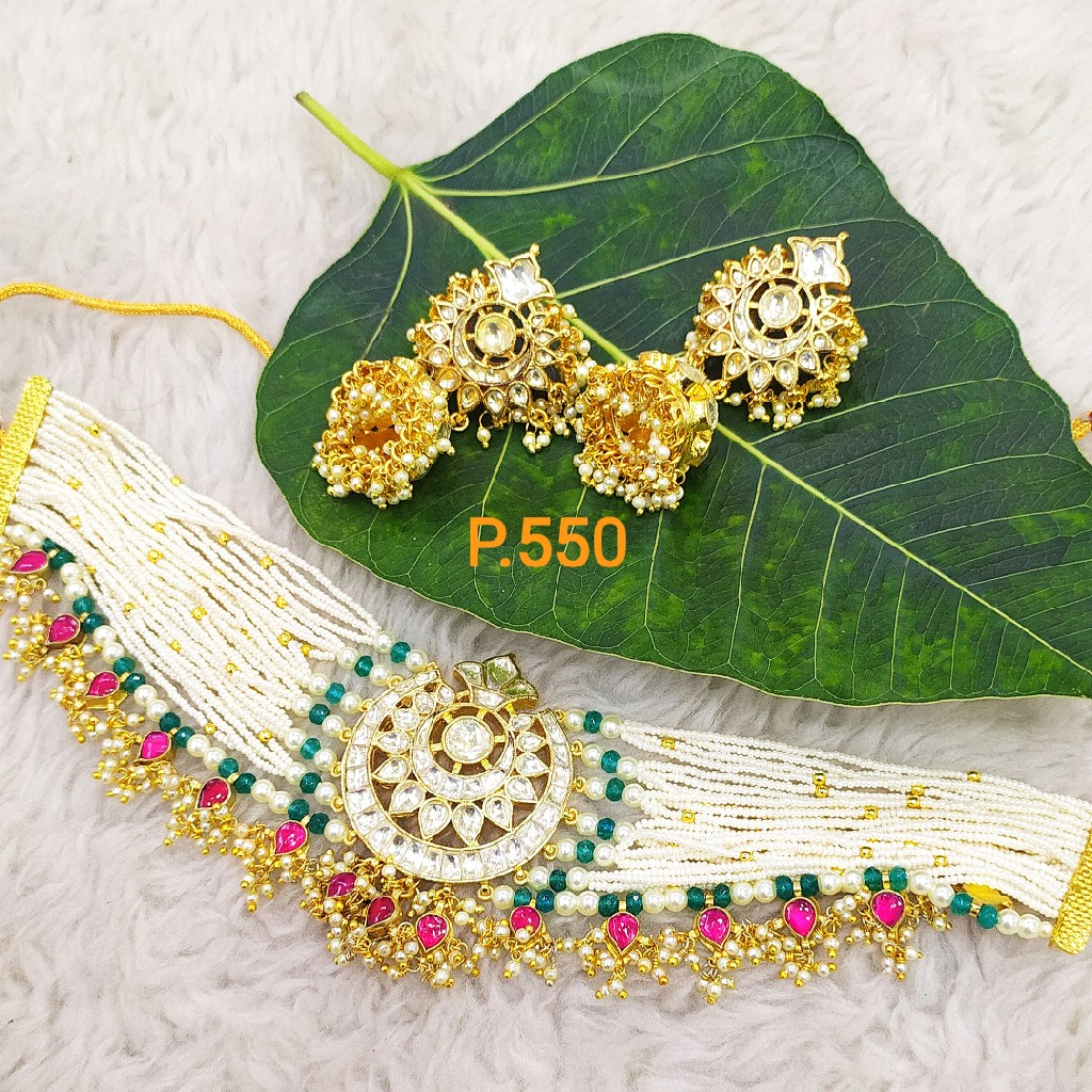 Heavy bridal choker