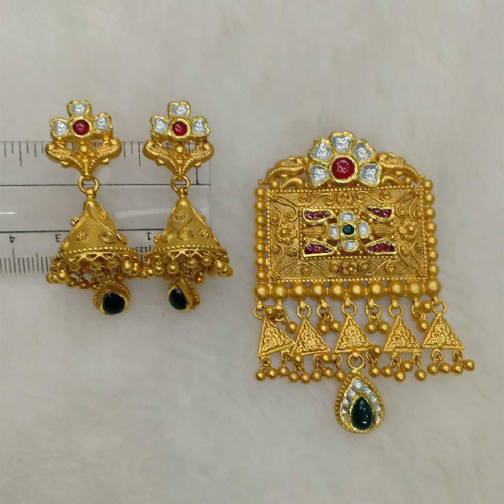 22KT Gold Antique Pendant Set Aps-006