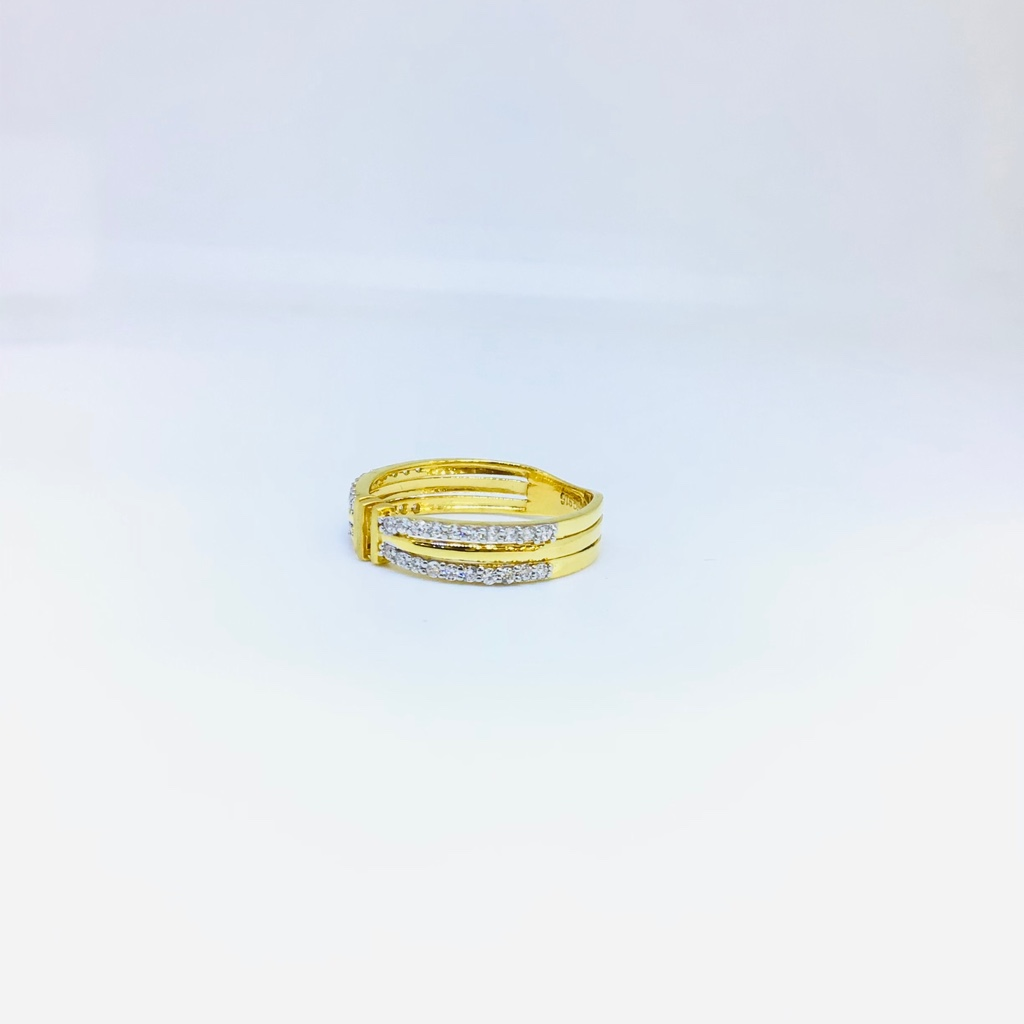 BRANDED FANCY GOLD RING FOR LADIES