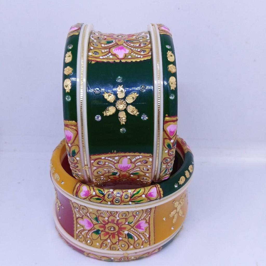 Tri colour plastic gold bangle