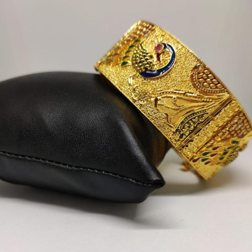22 carat gold ladies single bangle RH-GB619