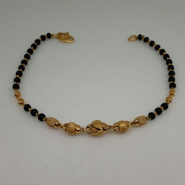 22ct gold ladies brecelet with black beads lk/1900/176