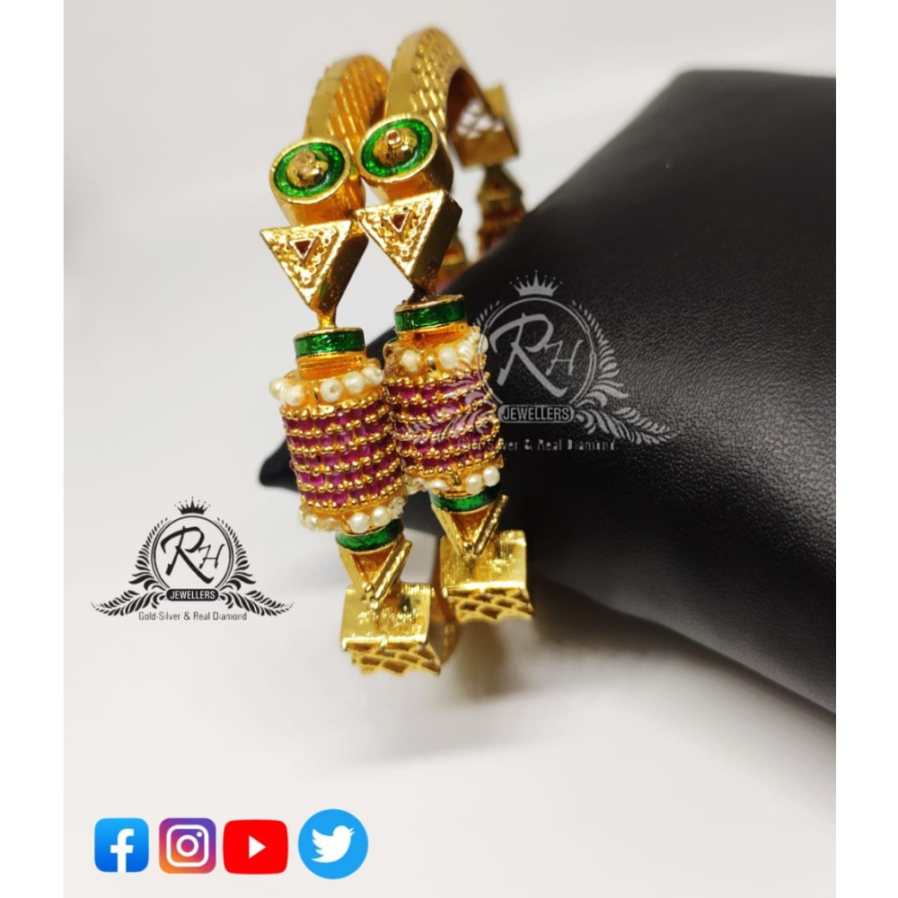 22 carat gold new design ladies bangles RH-LB084