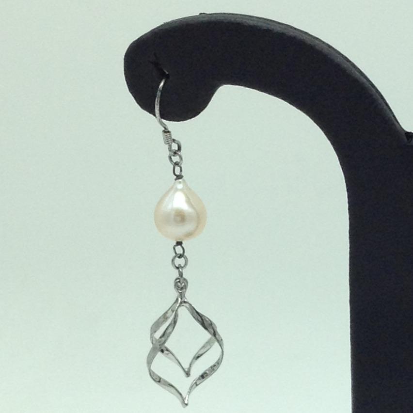 PearlSilverEar HangingsJER0158