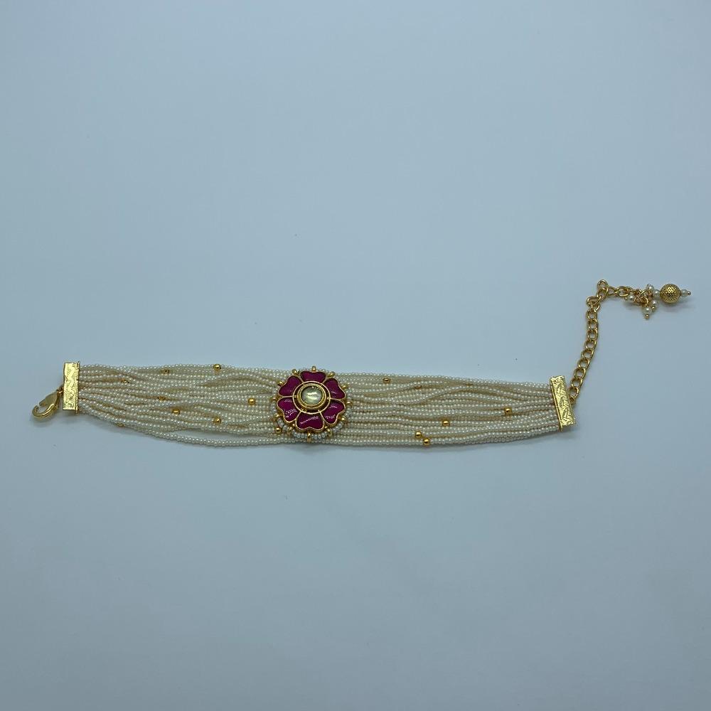 Flower Design White Beads Bracelet For Women