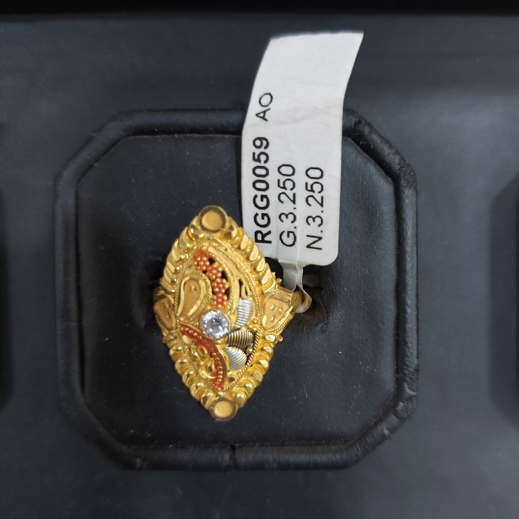 22 kt traditional ring