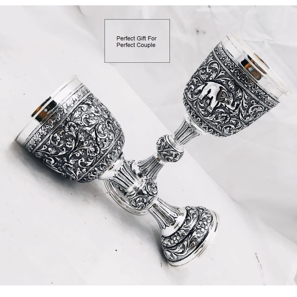 Puran pure silver wine glasses with fine antique carvings (2 pcs)