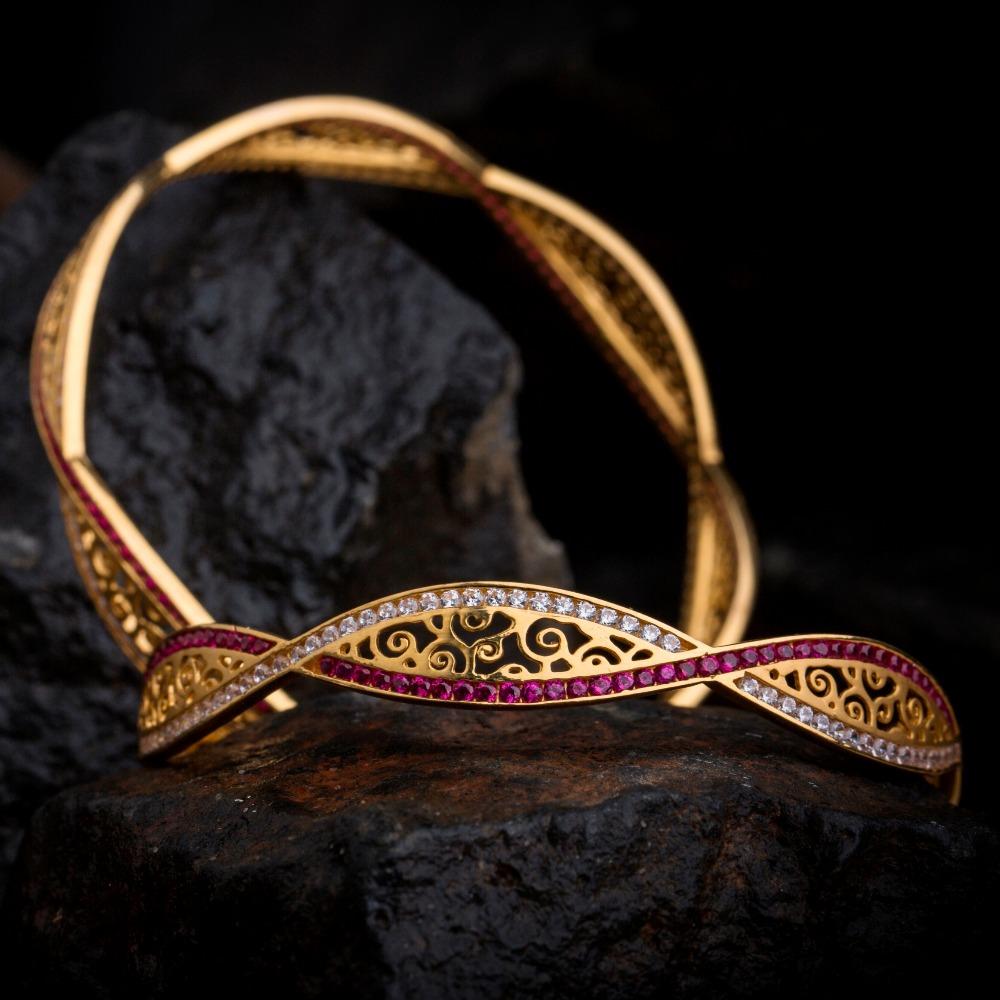18KT Real Diamond Ladies Designer Bangle