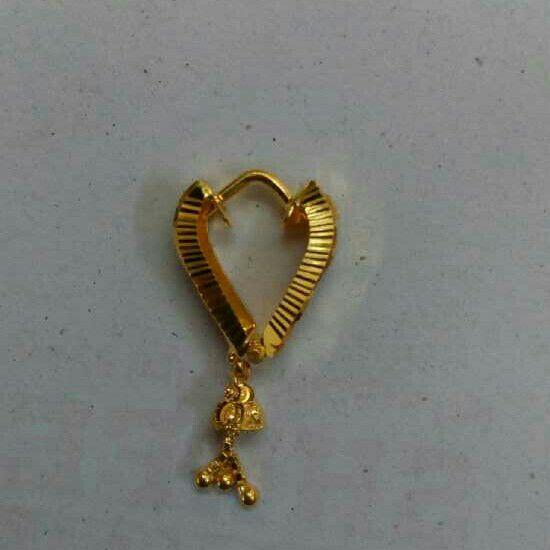 18KT Gold Ladies Earrings