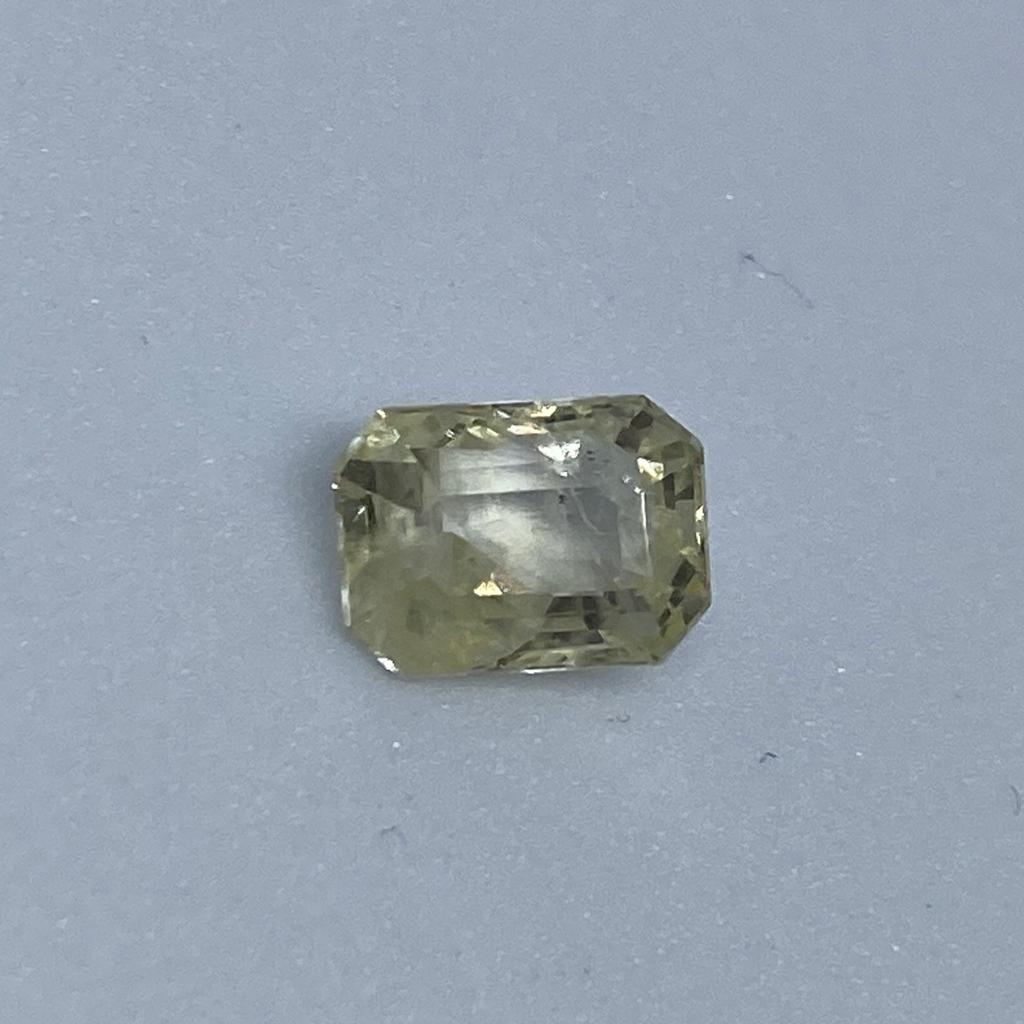 3.58ct octagonal yellow yellow-sapphire-pukhraj