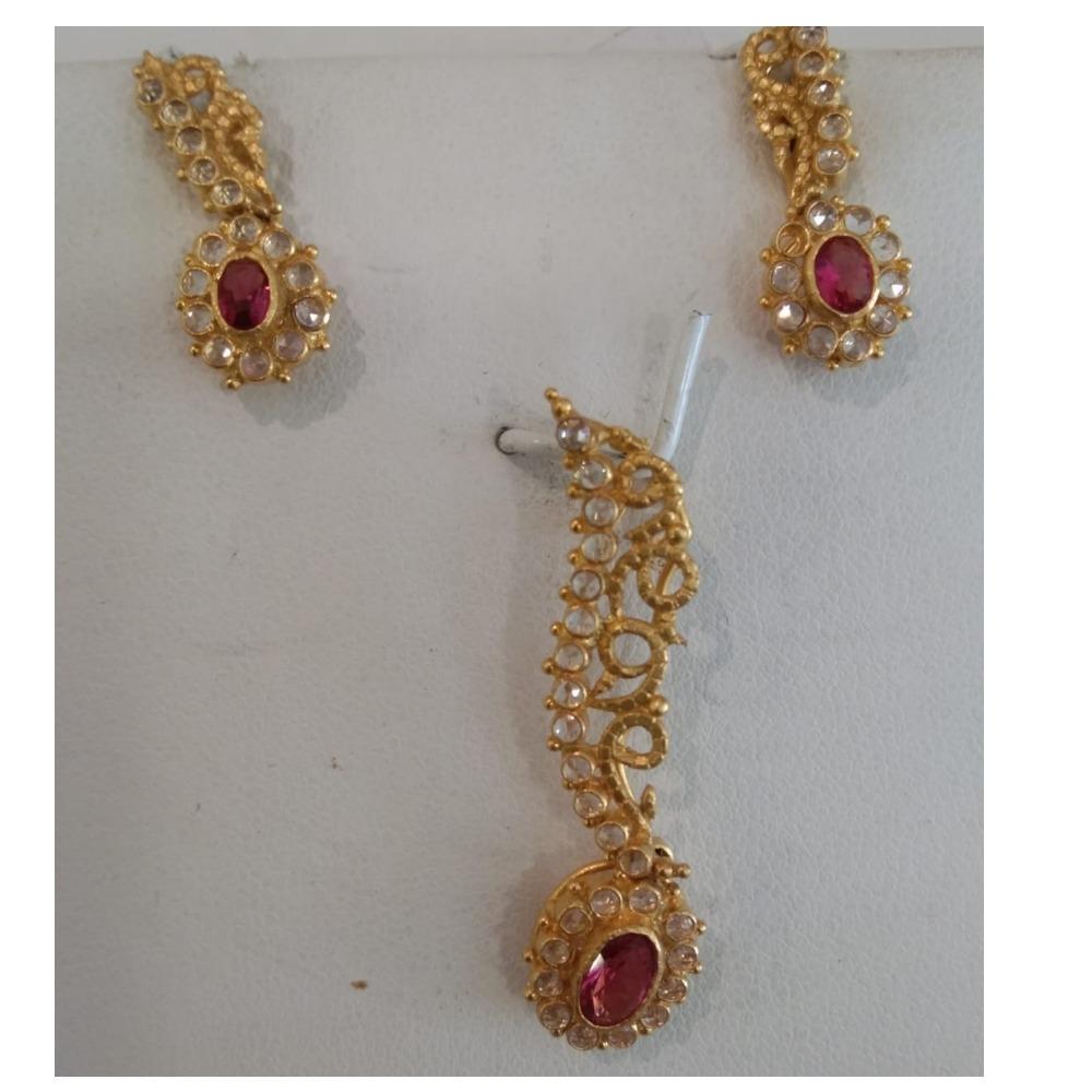916 Gold  Unique Design Pendant Set