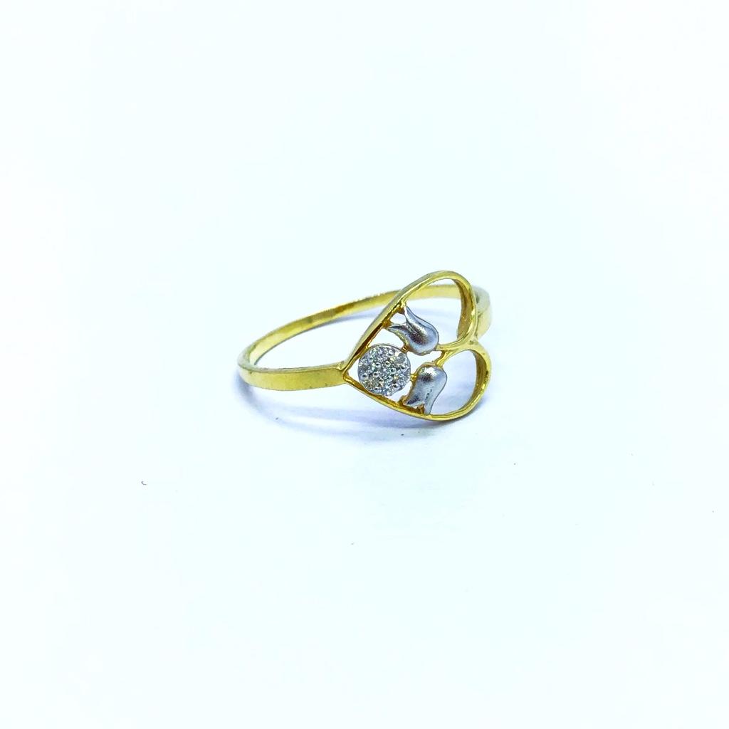 REAL DIAMOND FANCY HEART SHAPE RING