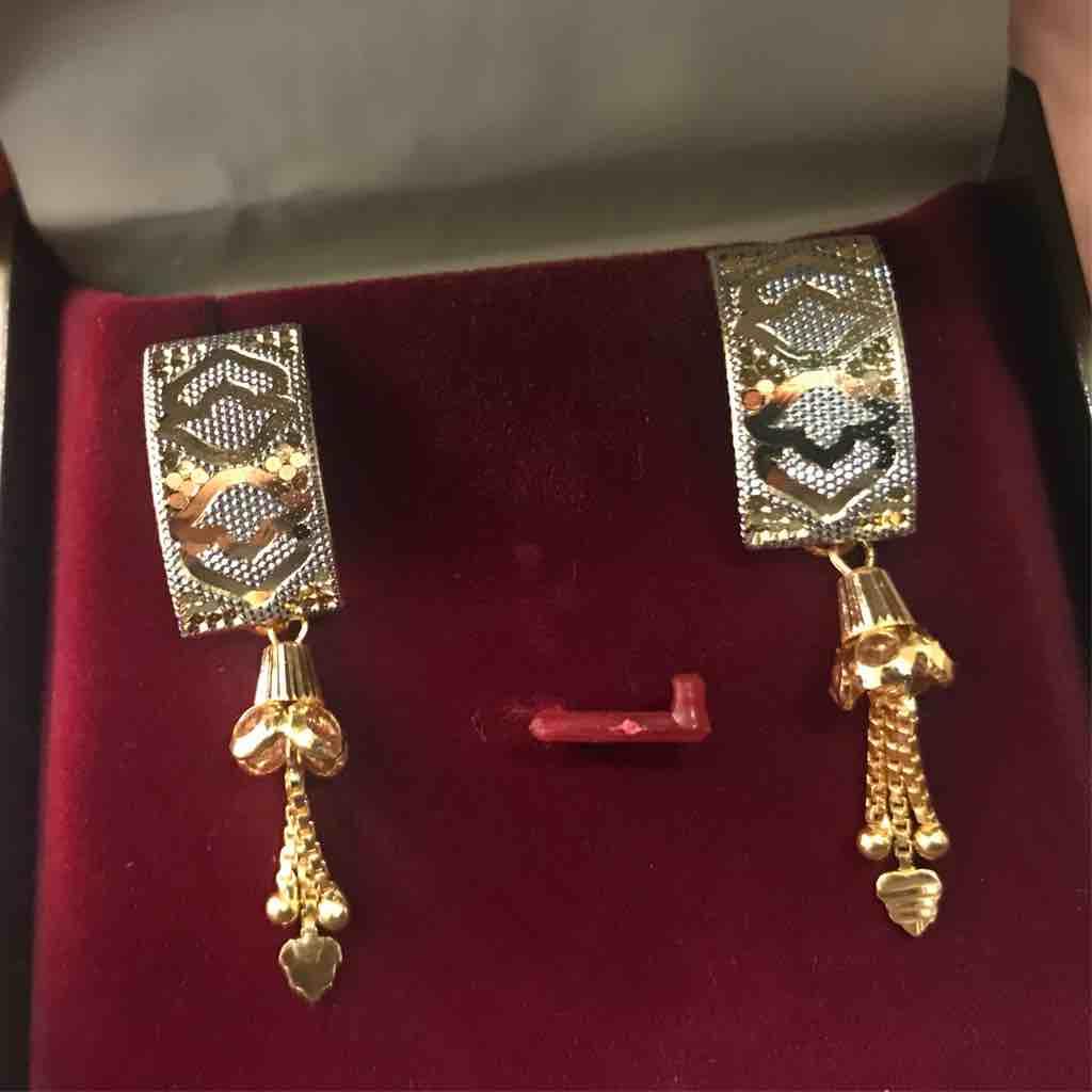 22ct fancy cnc gold earrings J tops