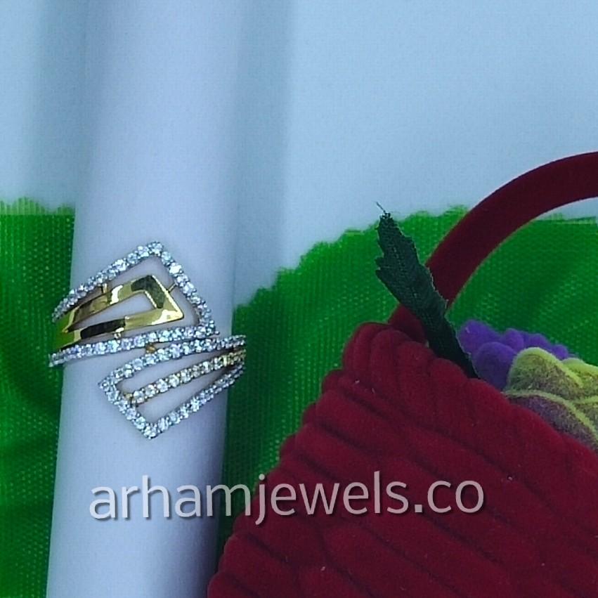 916 gold cz ladies ring RGG0109