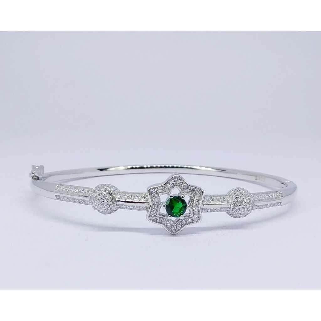 92.5 Sterling Silver Star Design Ladies Kada Bracelet