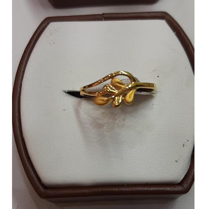 22Kt Gold Fancy Ladies Ring MJ-R015