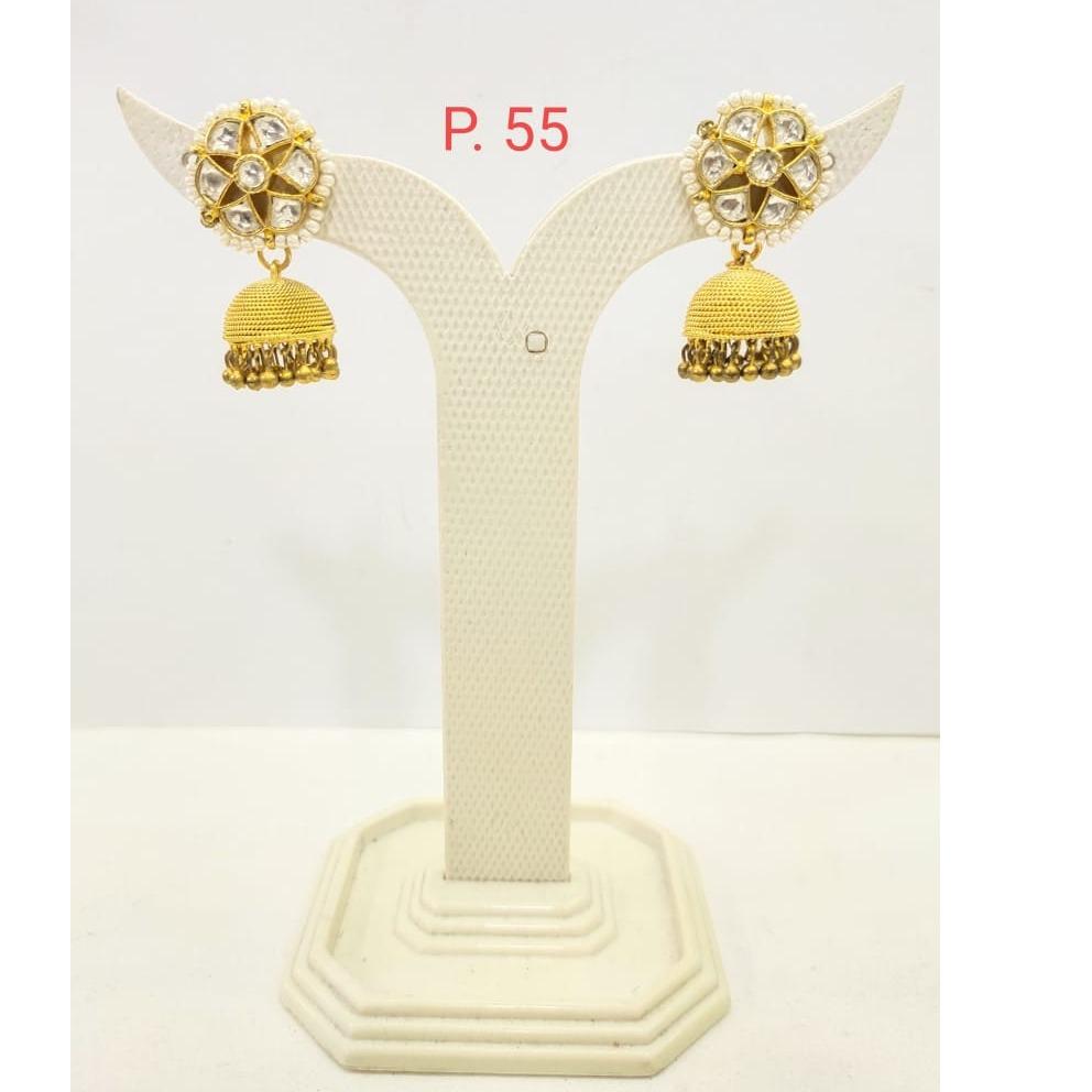 Gold Plated Kundan Jhumka Earring With Hanging Moti 1685