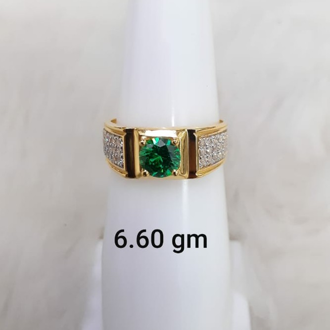 green stone solitaire gent's ring